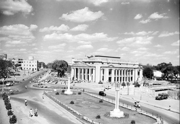 Bangalore Town Hall – Yesteryear
